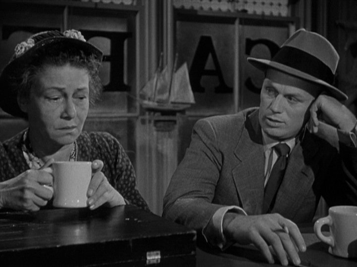 Richard Widmark and Thelma Ritter in 'Pickup on South Street'